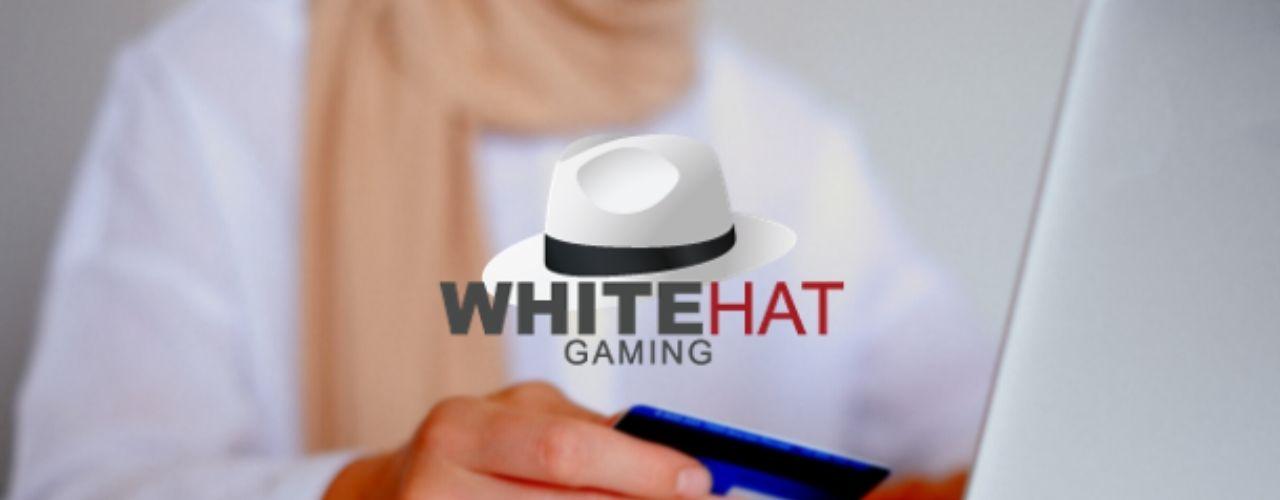 White Hat Gaming Traveling Wallet